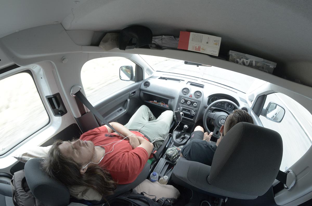 chris-polly-sleep-van