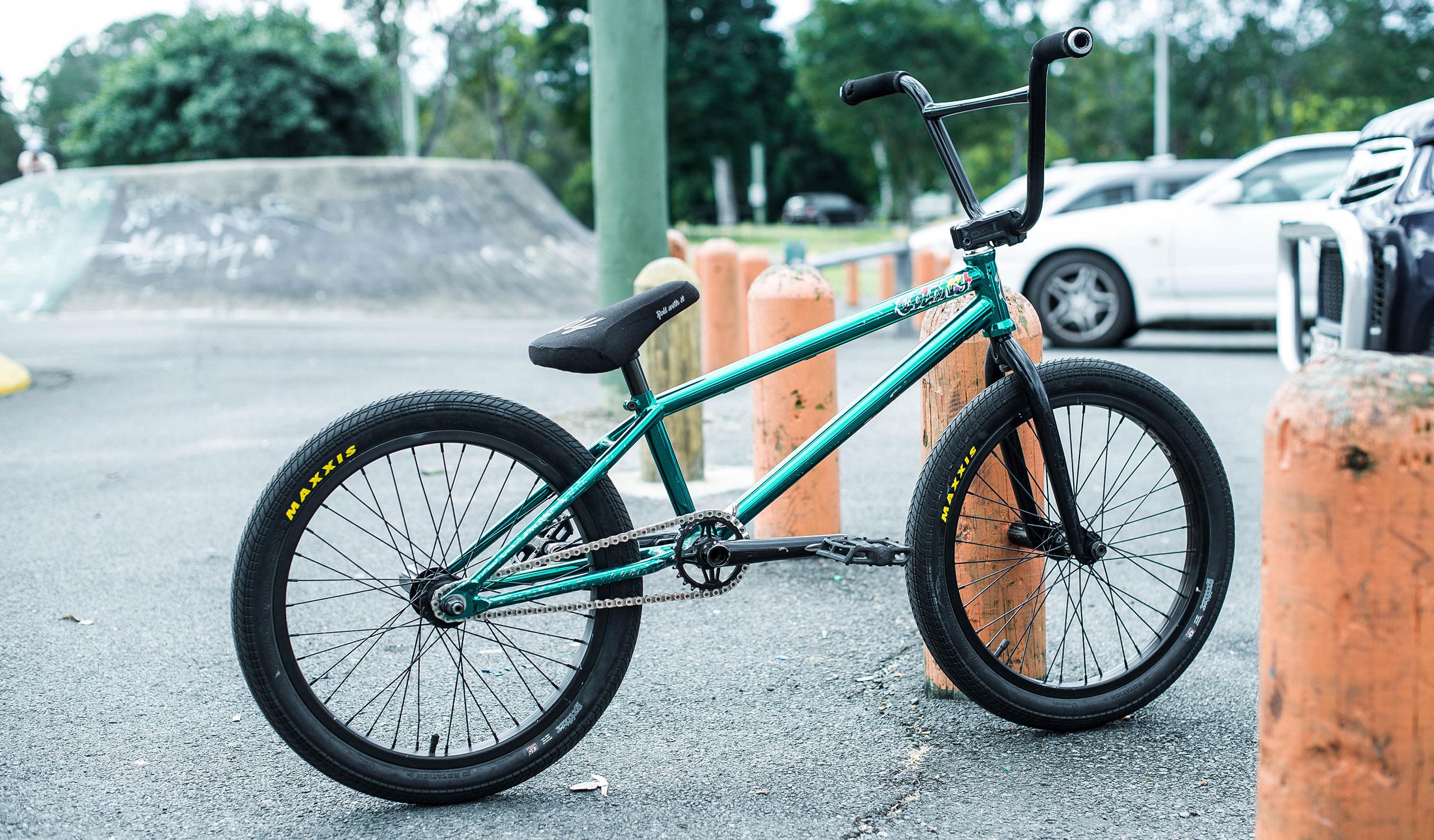 Josh Dove bike check