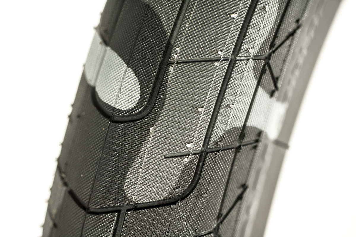 Colony Griplock BMX Tyre Grey Camo