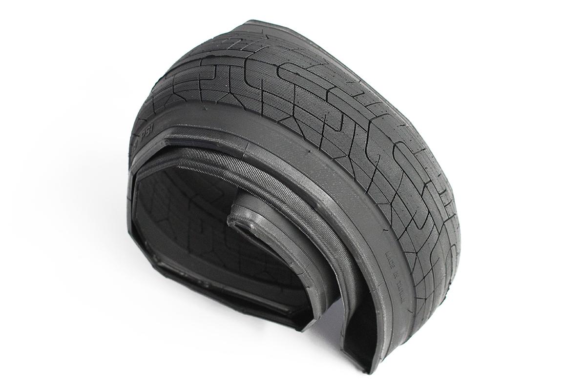 Colony Griplock Lite Tyre Black