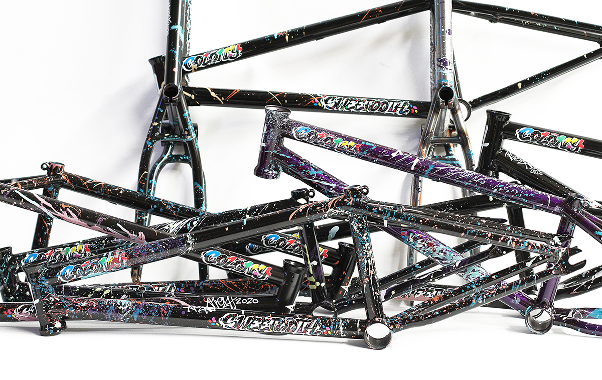 Sweet Tooth Splatter Frame